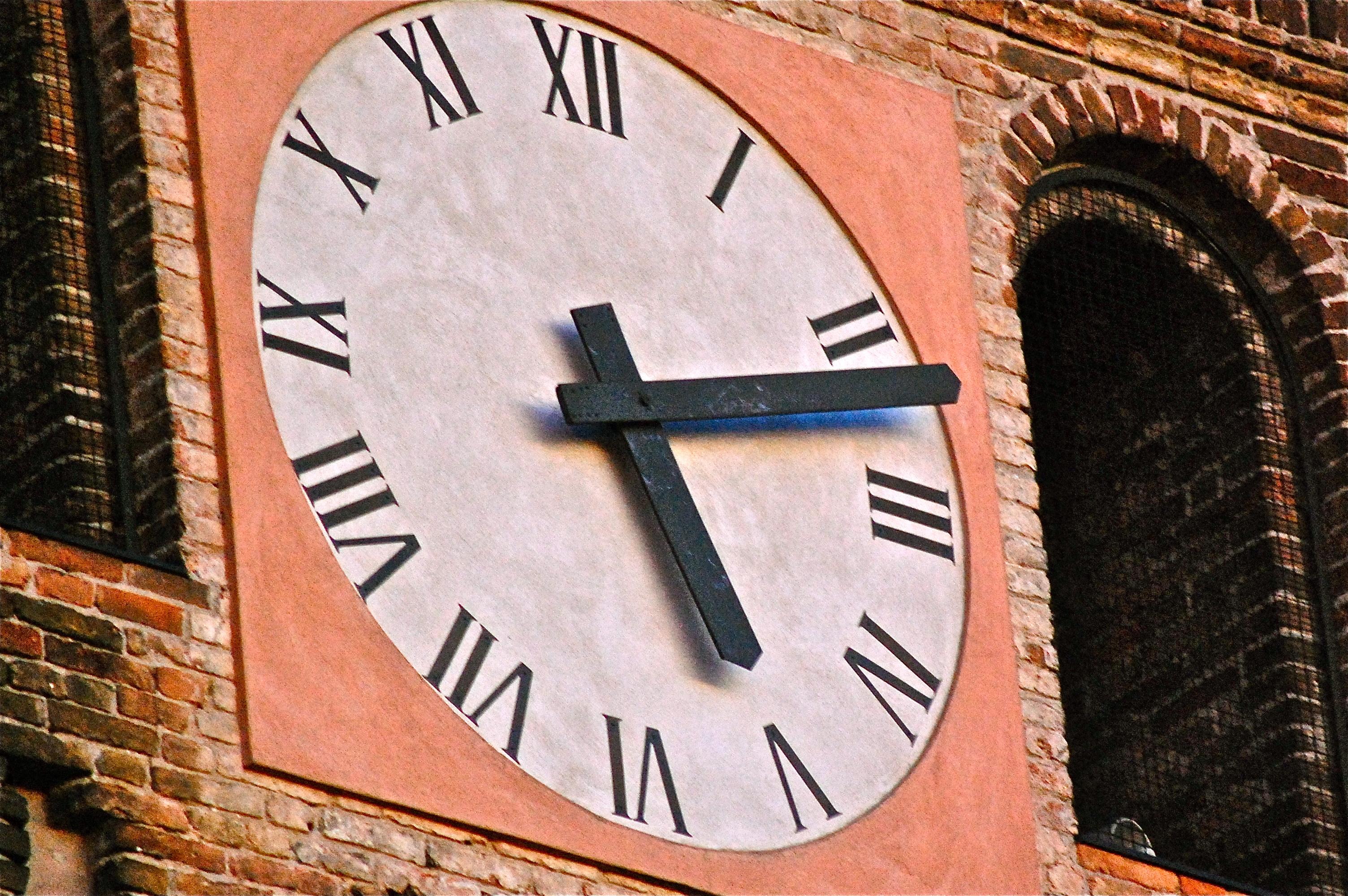 Clock Tower. Mozzanica (BG), Gennaio 2012